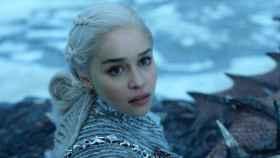 Daenerys viendo con sus propios ojos lo que hay más allá de el muro.