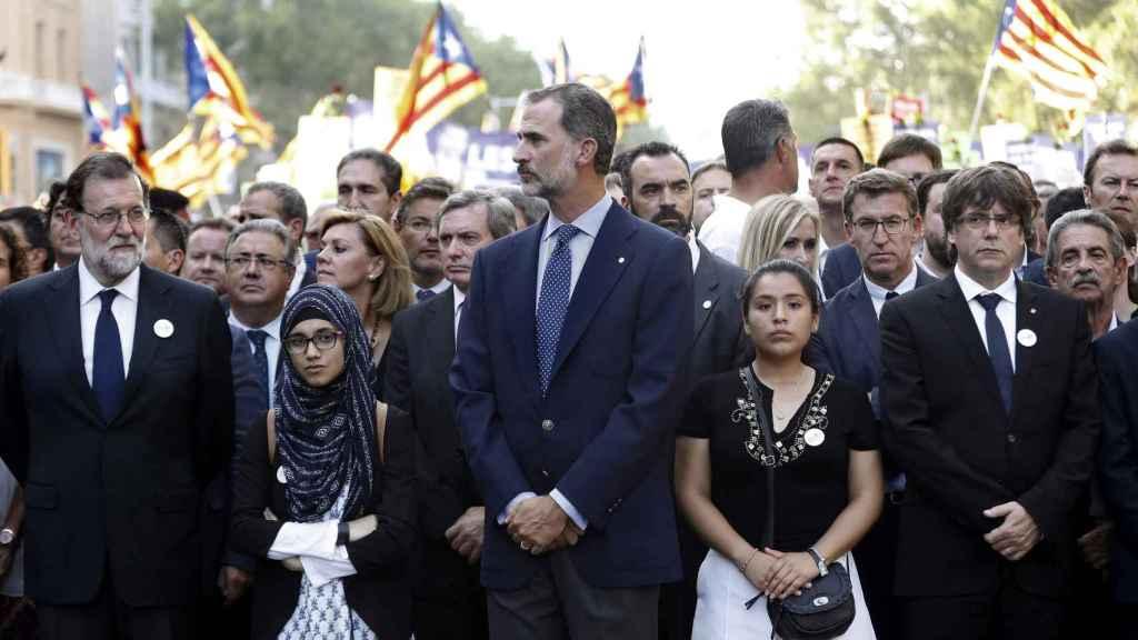 Felipe VI en la manifestación contra el terrorismo yihadista de Barcelona.