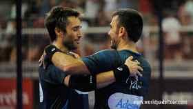 Fernando Belasteguín y Pablo Lima celebran su victoria en Alicante.