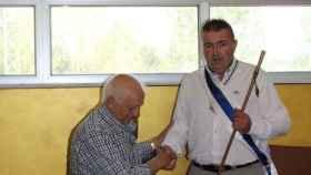Foto 1.- Nuevo alcalde Sariegos