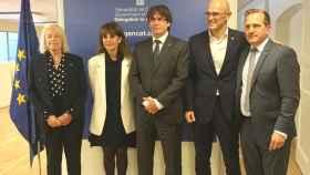 María Badia, Francesca Guardiola, Carles Puidgemont y Raúl Romeva durante el acto de inauguración.