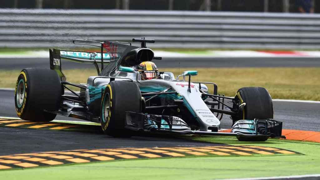 Lewis Hamilton en la primera sesión de entrenamientos en Monza.