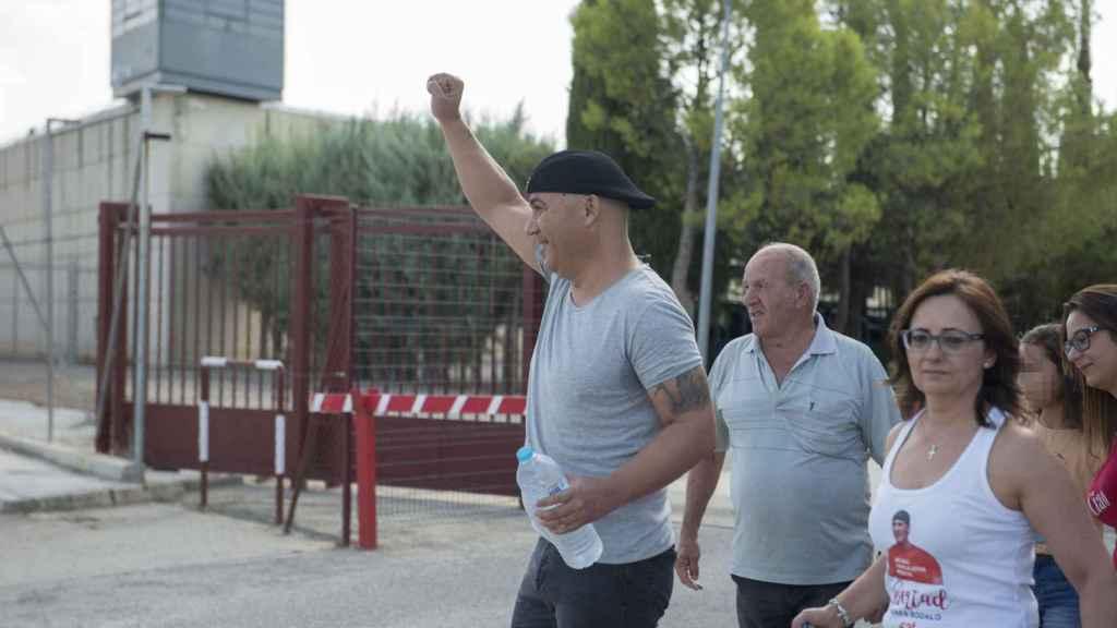 Andrés Bódalo a su salida de la cárcel para disfrutar de unos días de permiso