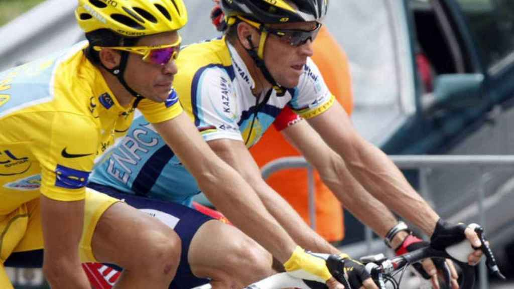 Contador y Armstrong durante el Tour 2009.