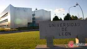 Foto Universidad-Leon3_Carrusel