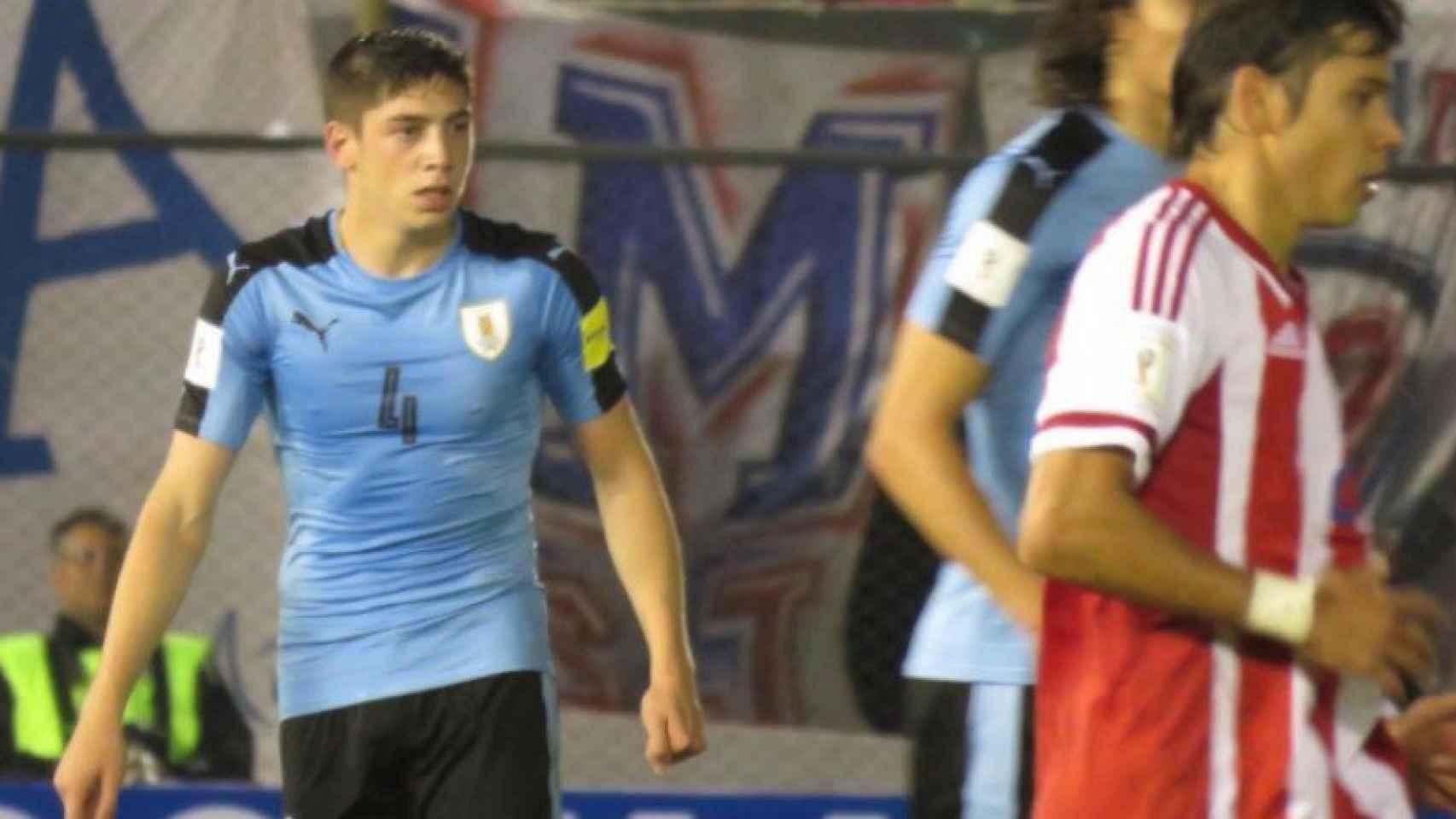 Federico Valverde con la selección de Uruguay. | Foto: Twitter (@Uruguay)