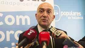 Valladolid Carnero entrega avales presidencia pp 3