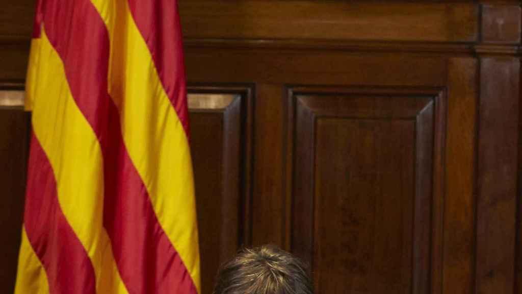 Puigdemont tras la firma de la convocatoria del 1-O.