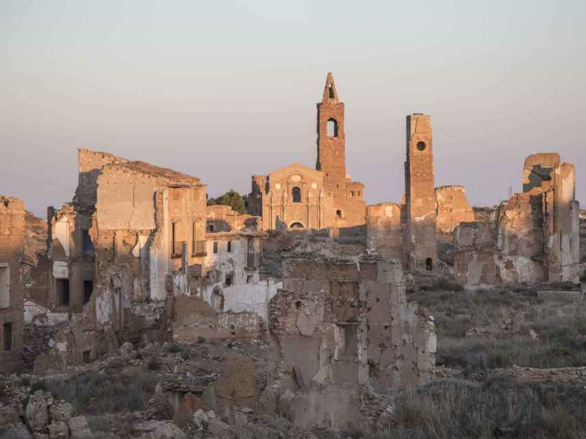 Las ruinas de Belchite se encuentran en un dudoso estado de conservación.