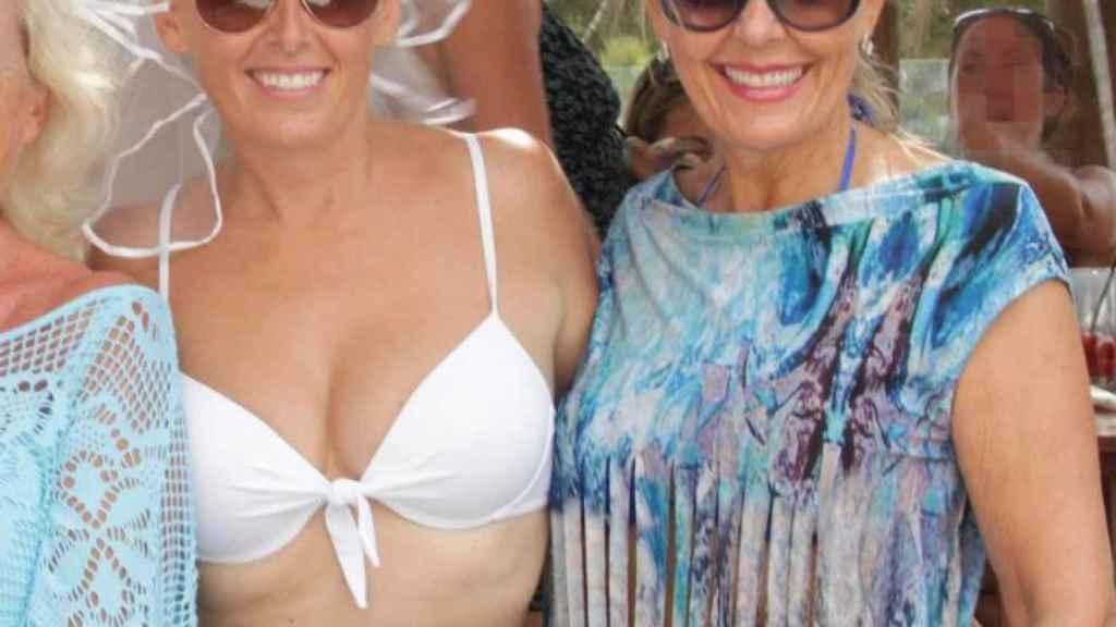 Laura Cameron, izquierda, y su madre. Ambas fueron detenidas esta semana.