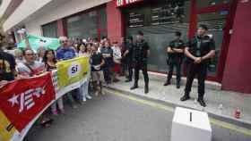 Protesta en la sede de El Vallenc.