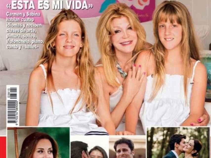 Tita Cervera y sus hijas en la portada de ¡Hola!