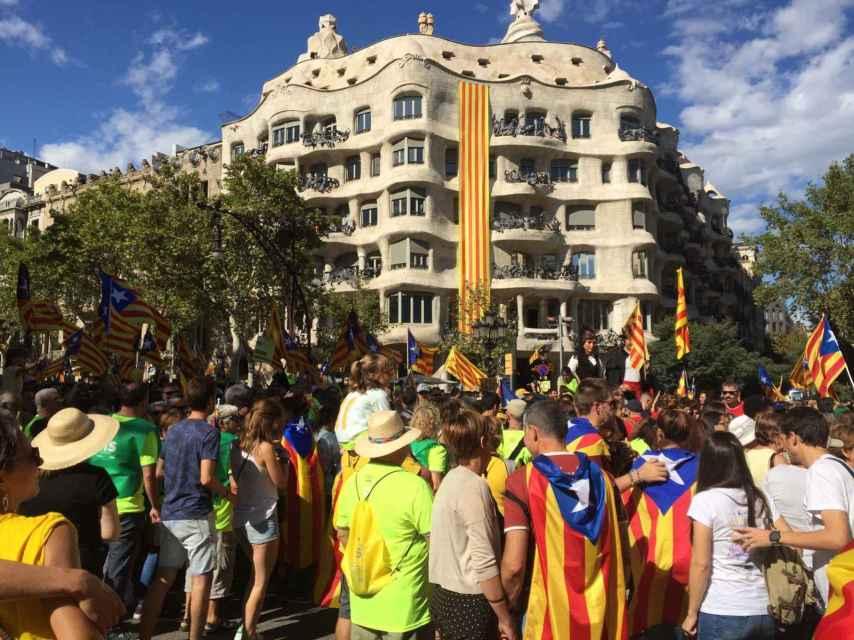 Hasta un millón de personas se han concentrado en Barcelona.