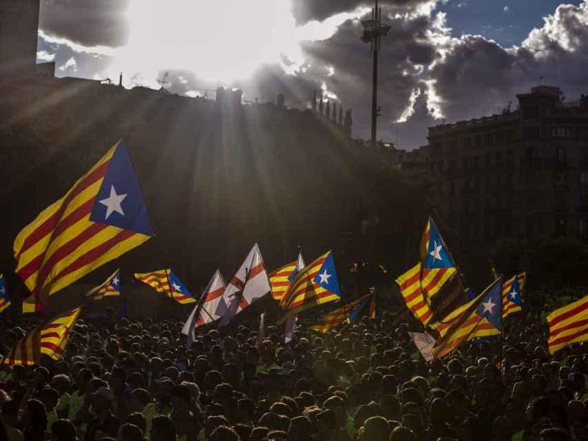 Vista de la Plaza Cataluña durante la manifestación convocada por la ANC.