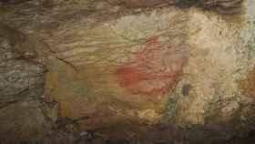 Pintura hallada en la cueva de Los Murciélagos (en Entrambasaguas).