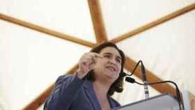 La alcaldesa de Barcelona, Ada Colau, durante un acto de partido.