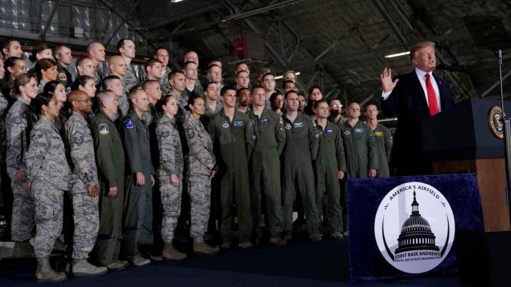 El presidente de EEUU, durante su discurso en la base militar.