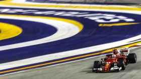 Sebastian Vettel durante la sesión de clasificación de Singapur esta temporada 2017.