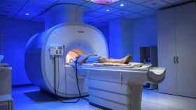 resonancia magnetica paciente