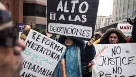 Imagen de una manifestación por la política de refugiados de Trump.