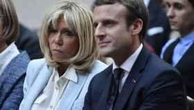 En Francia dicen que el matrimonio Macron está preocupado.