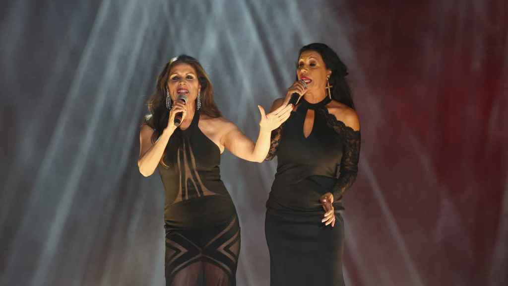 Las Azúcar Moreno en plena actuación, en una imagen de archivo.