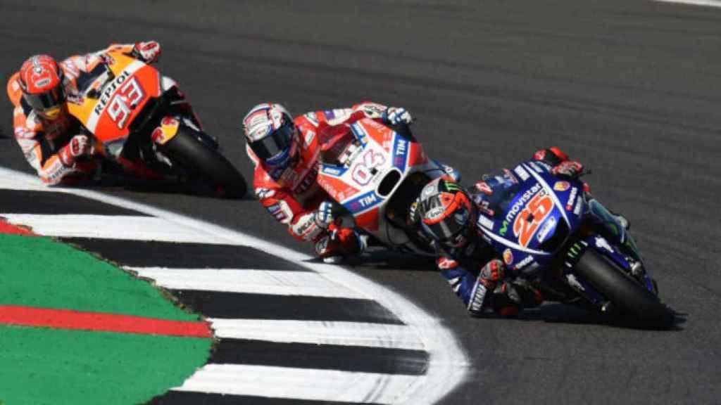 Márquez, Dovizioso y Viñales, en un GP durante esta temporada.