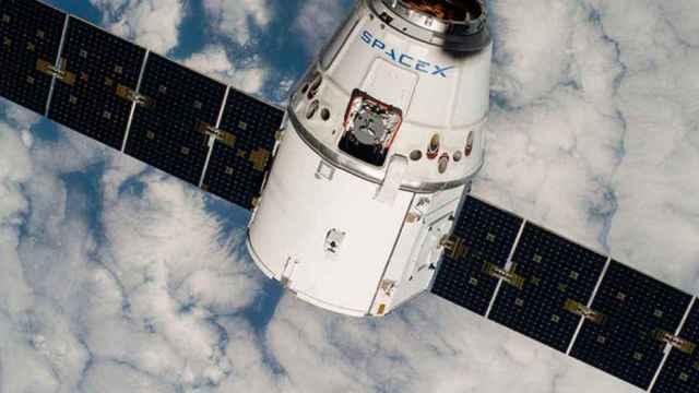 satelite spacex elon musk