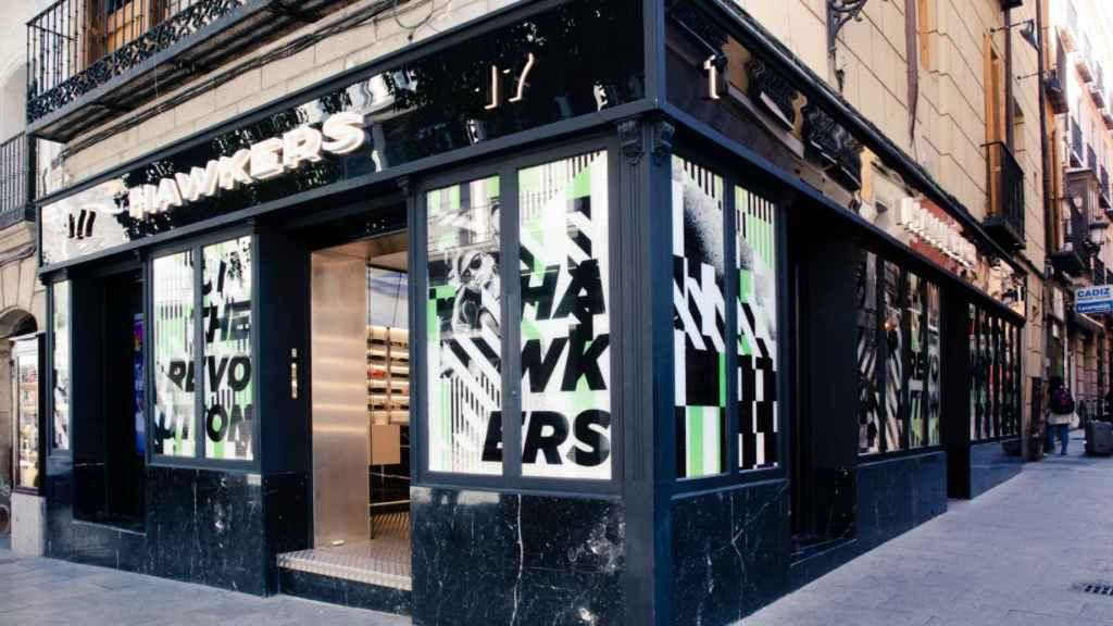 La primera tienda física de Hawkers, en el centro de Madrid.