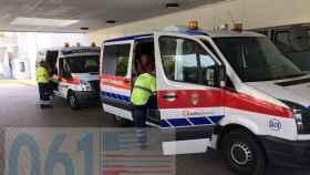 Servicios de emergencia ante la puerta del hotel donde ocurrió la fuga de gas.