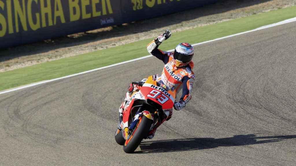 Marc Márquez sufrió una caída que le obliga a salir quinto.