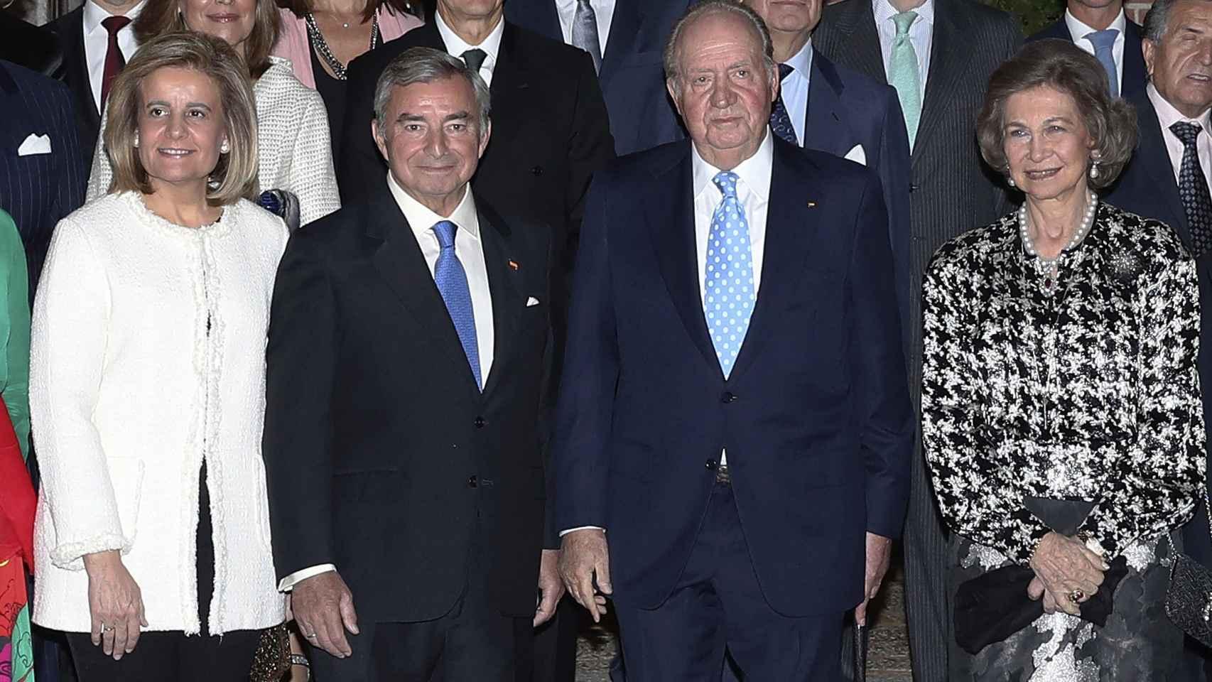 Así fue el reencuentro público de los reyes Juan Carlos y Sofía