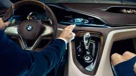 bmw-interior-coche-alexa