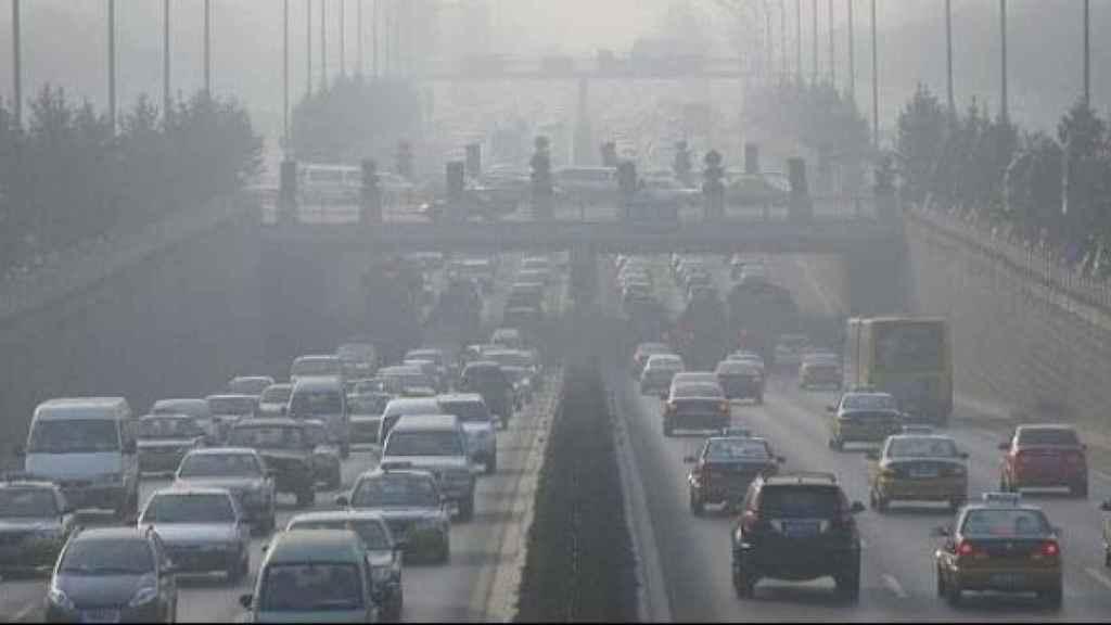 Imagen de archivo del tráfico en Madrid