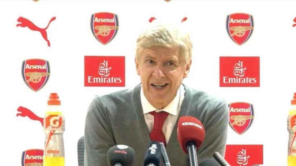 Arsène Wenger, entrenador del Arsenal | Foto: Twitter (@elchiringuitotv)