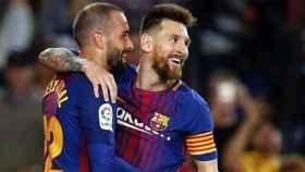 Aleix Vidal celebra un gol junto a Messi. Foto: Instagram (@av22oficial)