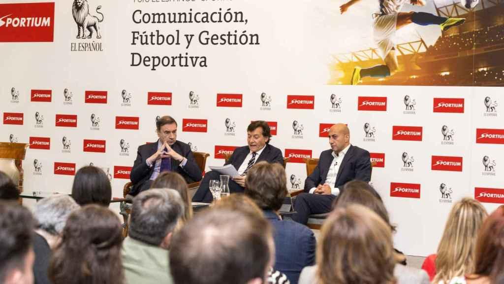 Pedro J. Ramírez, José Ramón Lete y Alberto Eljarrat inauguraron el evento.