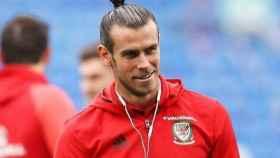 Bale con la selección de Gales. Foto Twitter (@GarethBale11)