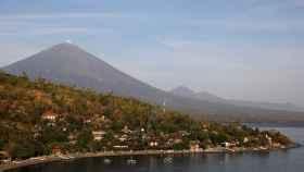 Volcán Agung.