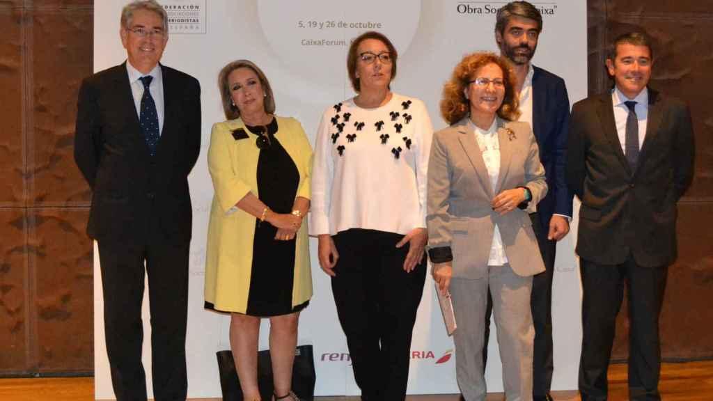 Antonio Fernández-Galiano, Esther Esteban, Carmen Martínez de Castro, Elsa González, Luis Enríquez y Agustón Cordón.