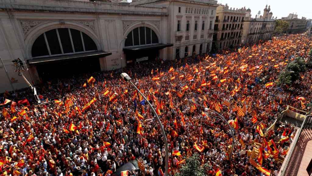 Imagen cenital de la manifestación a la altura de la Estación de Francia este domingo.