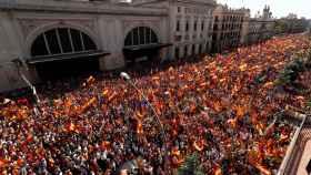 Imagen cenital de la manifestación a la altura de la Estación de Francia. Foto: Reuters