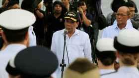 Rodrigo Duterte habla ante los miembros de la Armada Australiana.