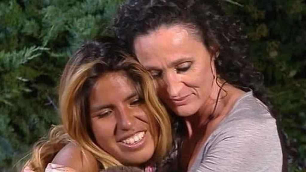 Dulce y Chabelita, muy unidas en 'Supervivientes'.