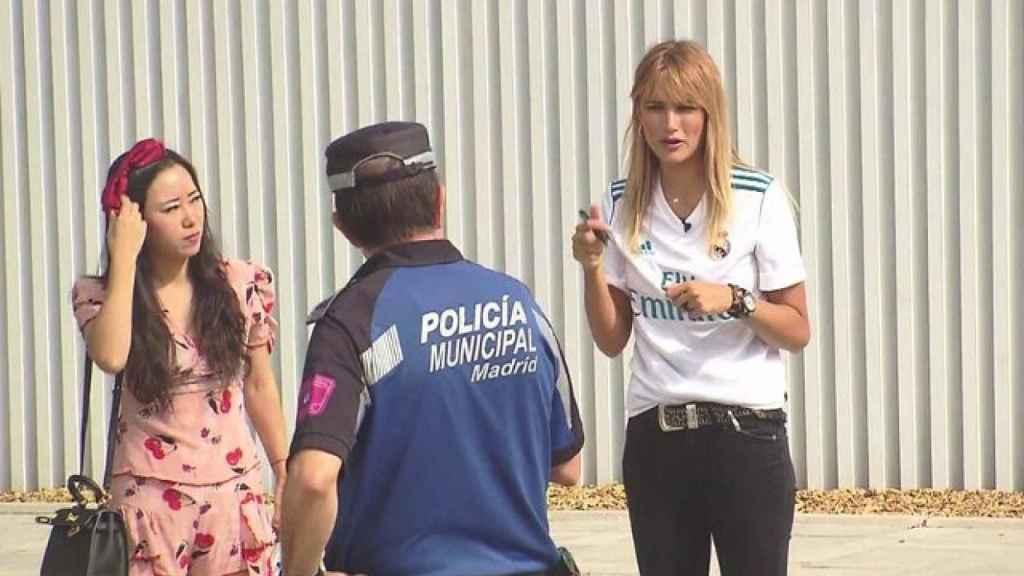 Alba Carrillo en su sección de deportes 'Las pelotas de Alba'