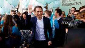 Sebastian Kurz, ministro de Exteriores y candidato por el conservador ÖVP.