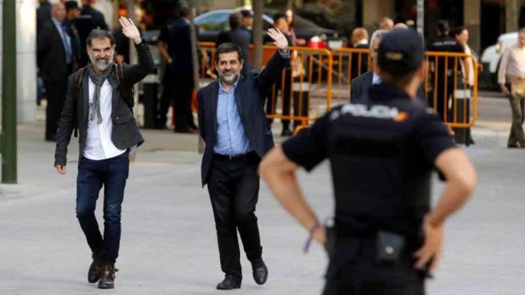 Jordi Sánchez y Jordi Cuixart a su llegada a la Audiencia Nacional.