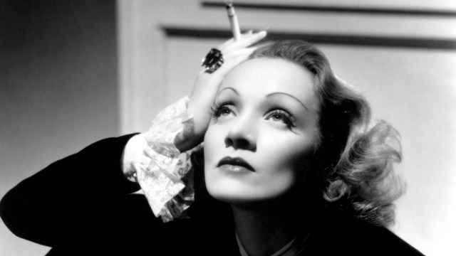 Marlene Dietrich,  la provocación en la National Portrait Gallery