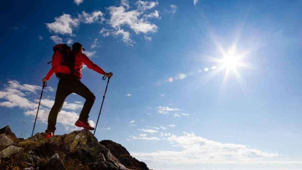 Una imagen de un alpinista