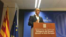 El conseller Romeva, durante su rueda de prensa en Bruselas